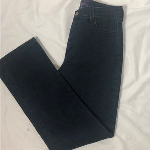 NYDJ Staight Leg Tummy Tuck Size 10 Jeans